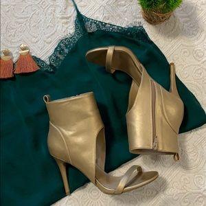Shoe Dazzel  - Sophia & Lee Gold Heels